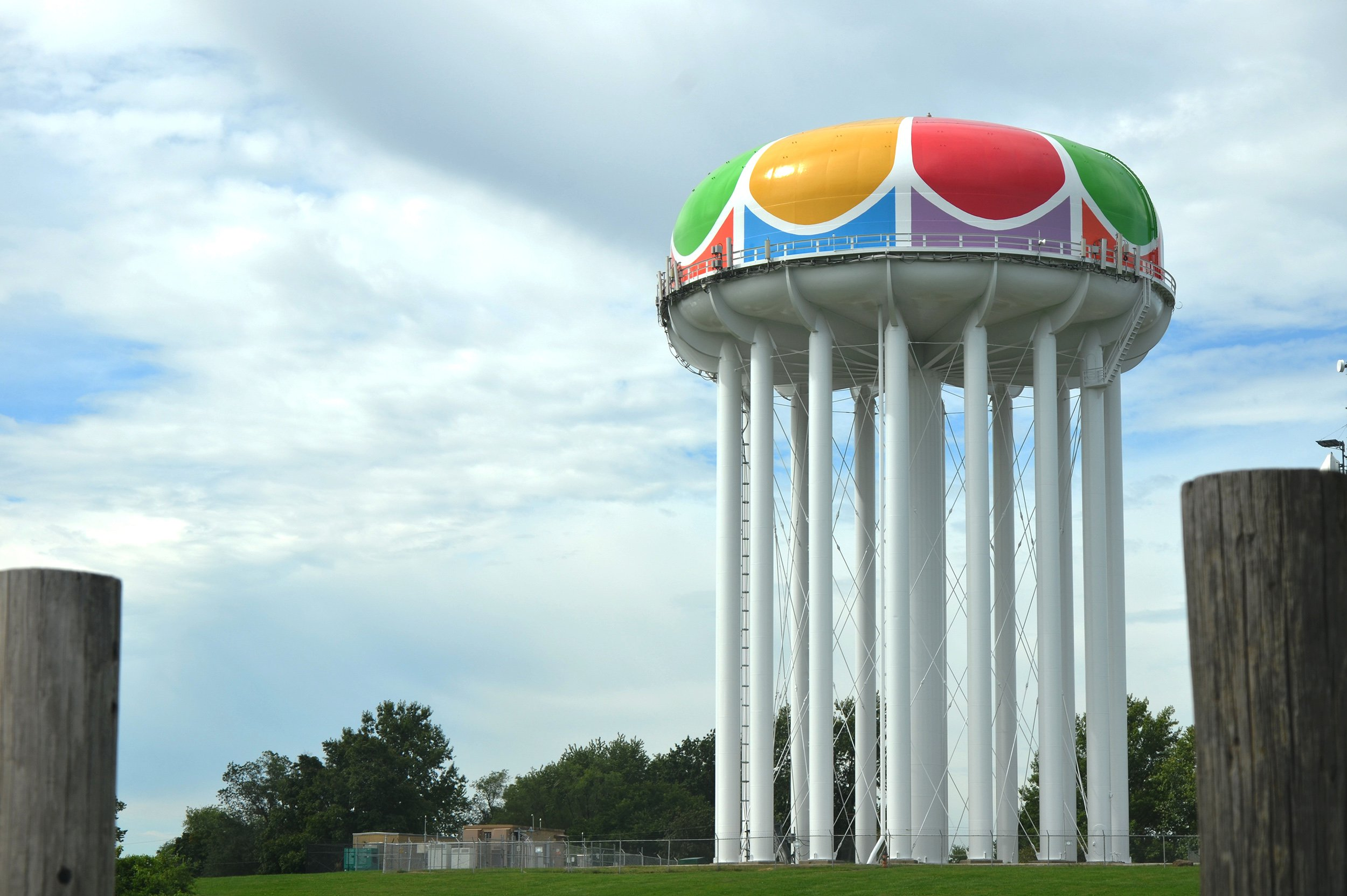 Iconic Water Tanks Tower over Kansas City Landscape - Tnemec Company, Inc.